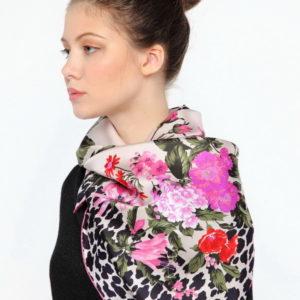 Платок женский (Розовый Животный (в т.ч. леопардовый);Цветочный) Ungaro