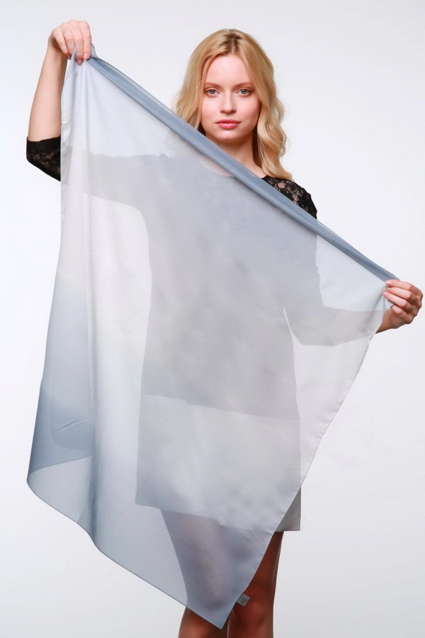 Женский платок (Серый Деграде) Donatella
