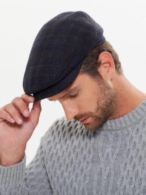 Мужская кепка реглан